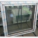 Plastové okno 120x120 zlatý dub