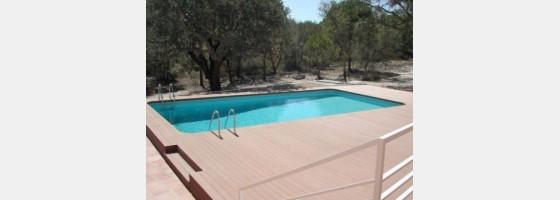Terasová prkna pro altány, venkovní terasy nebo k bazénům.